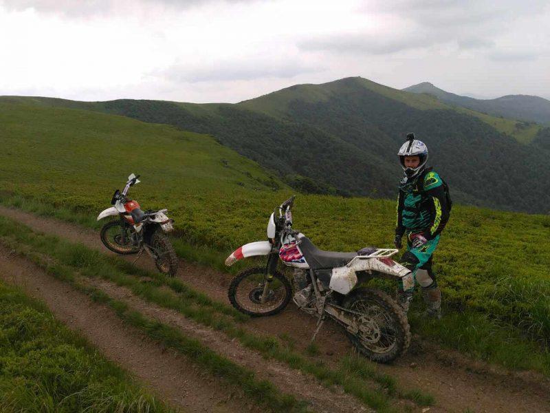 Enduro 2 tane motosiklet
