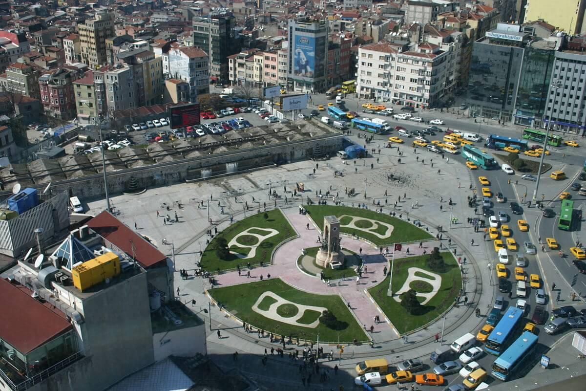 Taksim Gezilecek Yerler